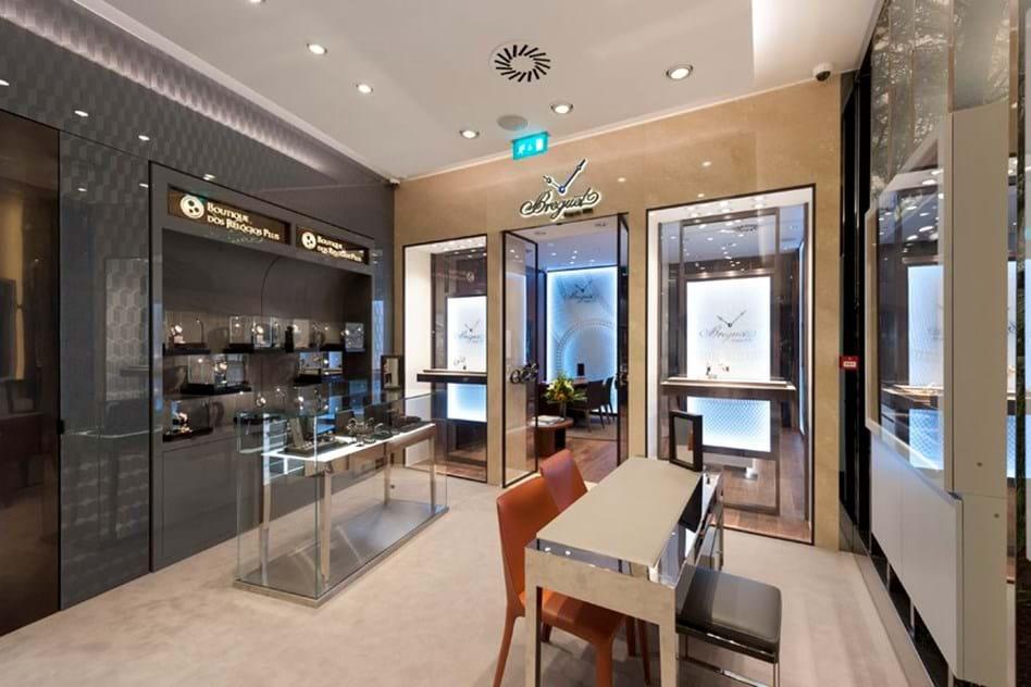 597ec7844af Boutique dos Relógios inaugura concept store - Moda - Máxima