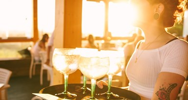 Tanqueray Sunsets by Afterwork no Algarve