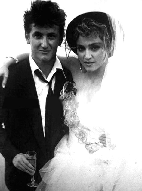 cd50a0ad4d9 Os 30 vestidos de noiva mais originais das celebridades - Tendências ...