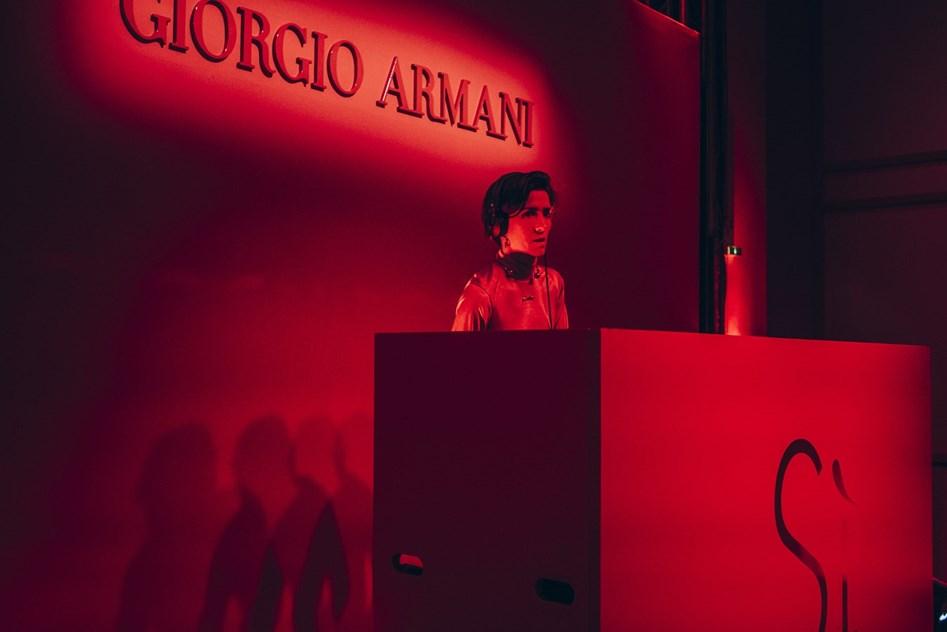 e6779103083b8 Sì Passione, de Giorgio Armani  a festa de lançamento - Notícias ...