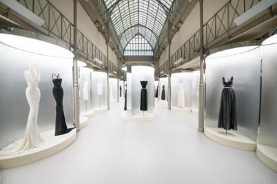 As principais exposições de moda pelo mundo Culturas Máxima