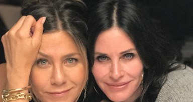 "Jennifer Aniston estreia-se no Instagram com o elenco de ""Friends"""