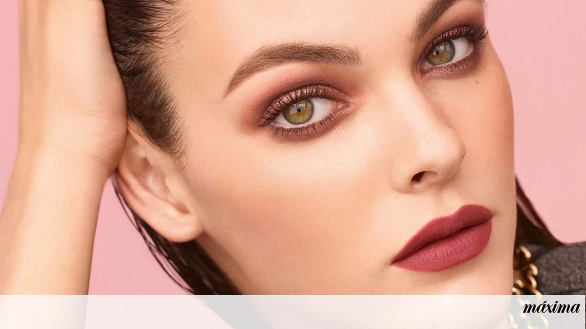 Chanel takes us on a desert trip with the new make-up collection
