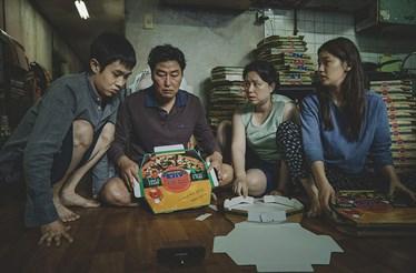 'Parasitas' foi o vencedor dos Óscares e Bong Joon-Ho pôde ir beber descansado