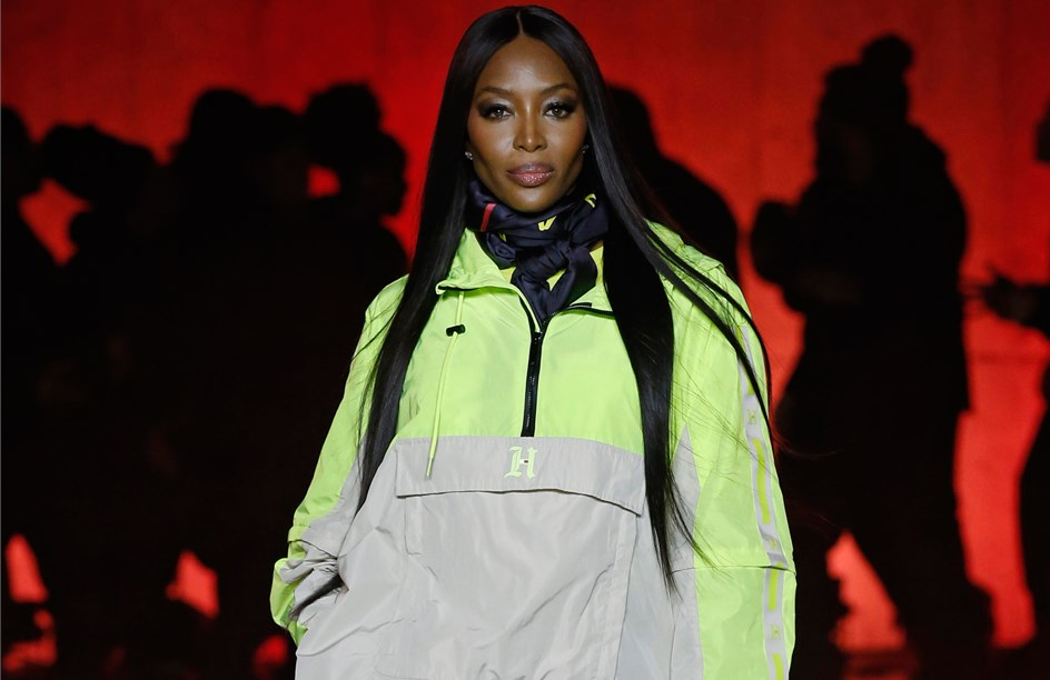 Tommy X Lewis X H.E.R.: todos os looks do desfile