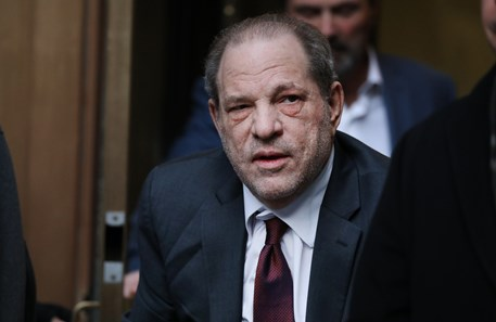 Harvey Weinstein condenado a 23 anos de prisão por agressão sexual
