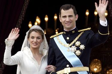As melhores histórias de noivas, tiaras e princesas