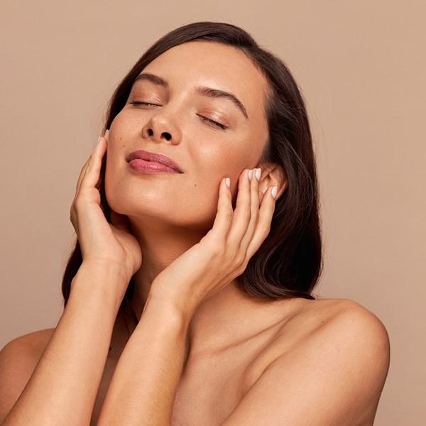 Estas ampolas hidratam, protegem e ainda unificam o tom da pele